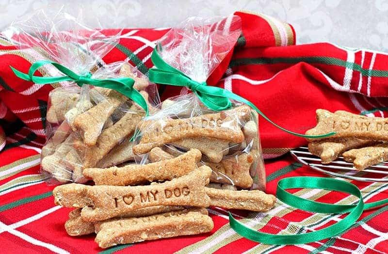 Czy dobrze jest nagradzać psy smakołykami?