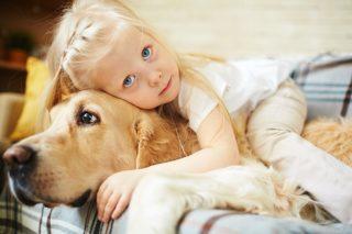 Pies i dziecko w jednym domu